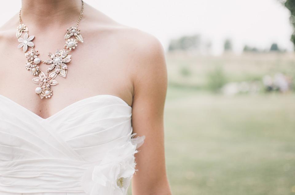 Překvapte budoucí nevěstu jedinečným dárkem